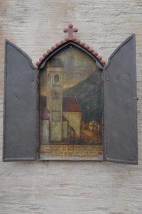 Marterle bei der Kirche von Marling